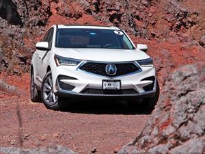 Acura celebra 15 años del sistema Super Handling All-Wheel Drive