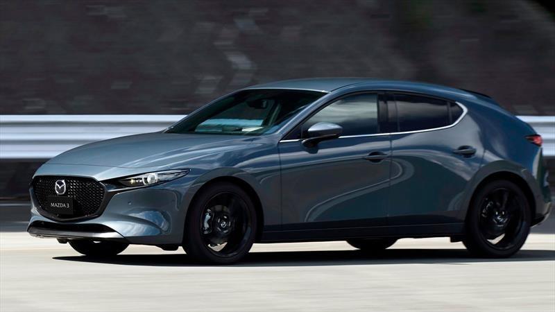 Mazda3 con motor turbo y tracción integral está en camino