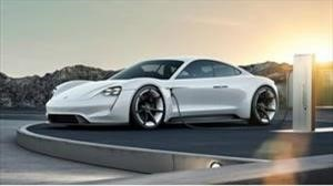 Bill Gates se compra un Porsche Taycan y a Elon Musk no le gusta nada la idea
