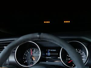 Mustang Shelby GT350 2016 con indicador de cambio en el Head-up display