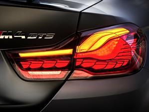 El BMW M4 GTS es el primer auto con iluminación OLED