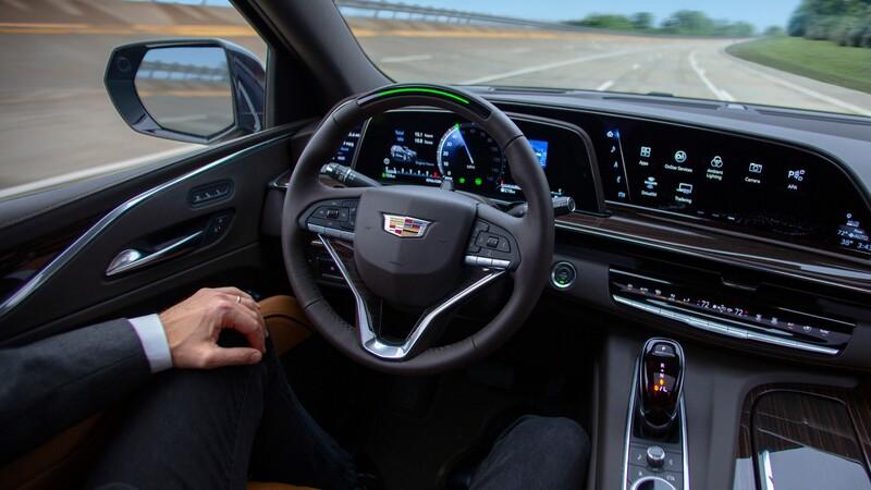 Ránking de marcas con los autos más avanzados en conducción semi-autónoma