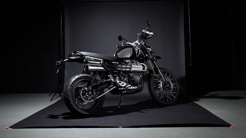 Triumph Scrambler 1200 Bond Edition, la primera moto oficial de 007