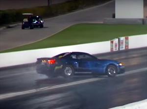 Video: un Mustang de piques, a punto de sufrir un accidente ¿habilidad o suerte?