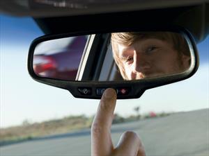Chevrolet evita más de $2.400 millones en multas en día sin carro