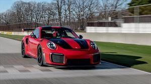 Porsche 911 GT2 RS establece récord en el circuito de Road America
