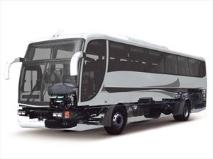 Buses y Camiones Chevrolet comienza el 2015 con pie derecho