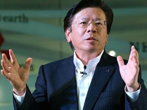 Renuncia el presidente de Mitsubishi Motors