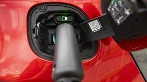 Bosch pretende alargar la vida útil de las baterías en autos eléctricos con inteligencia artificial
