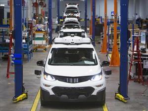 GM produce los primeros Chevrolet Bolt EV autónomos