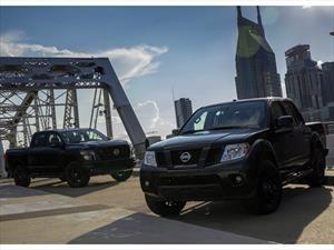 Nissan Titan y Frontier reciben el sello Midnight Edition