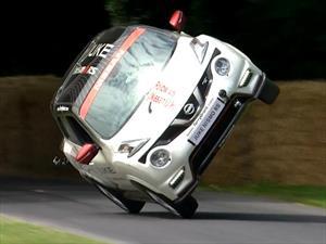 Nuevo récord de dos ruedas de Nissan Juke y Terry Gant