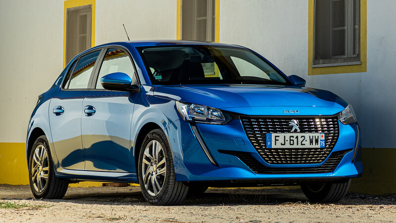 Peugeot ajusta la gama del 208 en Chile