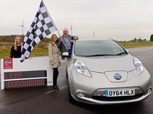 Nissan Leaf registra más de 620 millones de millas recorridas