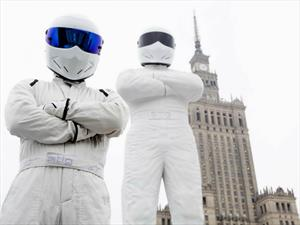Erigen una estatua gigante de The Stig en Polonia
