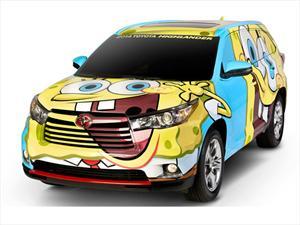 Toyota Highlander 2014 se disfraza de Bob Esponja