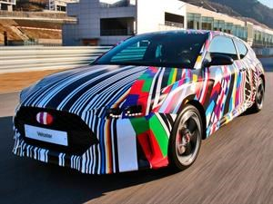 Hyundai Veloster, primeras imágenes coloridas