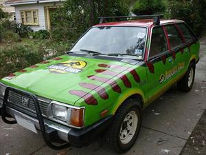 Un viejo Subaru listo para Jurassic Park
