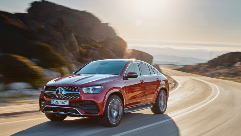 Mercedes-Benz GLE 450 Coupé 2021, SUV deportivo de lujo con ayudas eléctricas