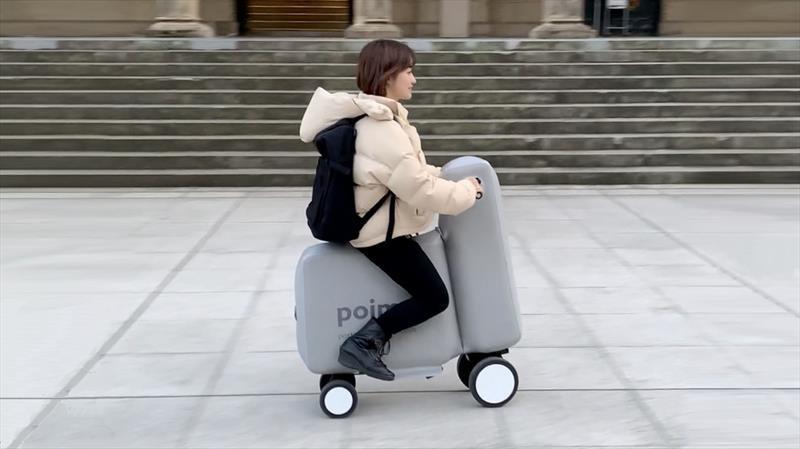 Poimo es una especie de bicicleta-scooter eléctrico