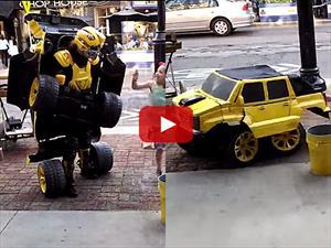 Video: Hombre Transformer que se hace auto y rueda de verdad