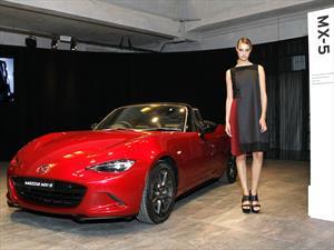 Mazda presenta vestido con el diseño Kodo