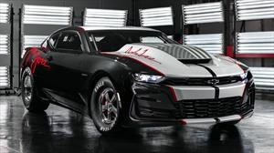 Chevrolet COPO Camaro John Force Edition 2020 le rinde honores al piloto John Force