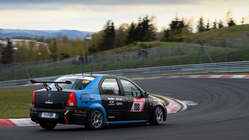 Un Renault Logan conquista las 24 Horas de Nürburgring