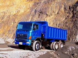 Hino presenta en Chile nuevos camiones Tolva