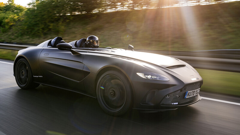 Aston Martin saca a pasear al nuevo V12 Speedster