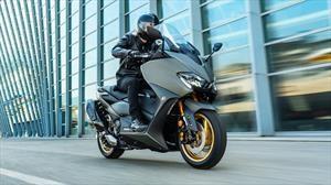 Yamaha renueva el mítico TMAX y suma versión Tech Max