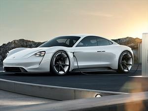 Porsche invierte fuerte en la electrificación de su gama