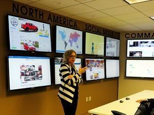 ¿Para que usan las automotrices a las redes sociales?