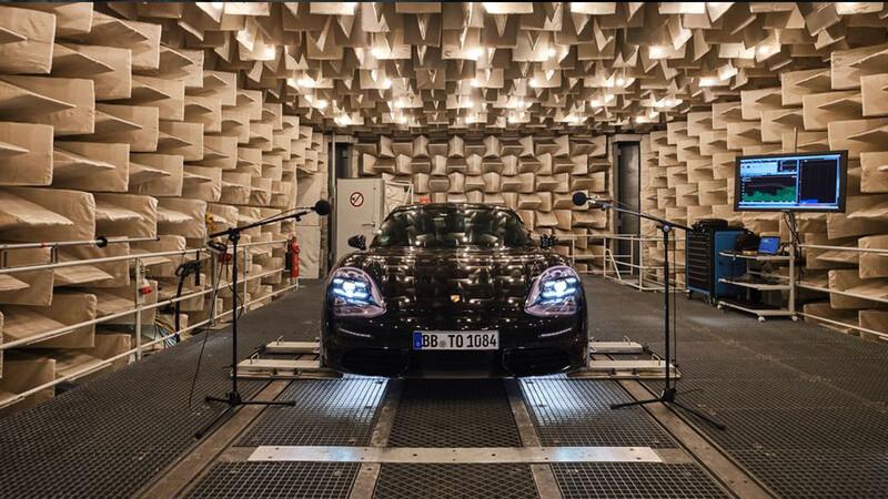 El sonido del motor eléctrico del Taycan, promete rugir como un genuino Porsche a gasolina