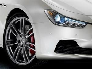 Maserati y Pirelli dan consejos sobre el cuidado para las llantas de alto desempeño