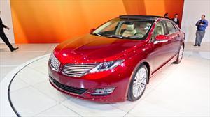 Lincoln MKZ 2013 se presenta en el Salón de Nueva York 2012
