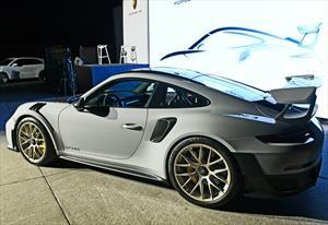 Porsche presenta en Chile el 911 más rápido y potente de la historia