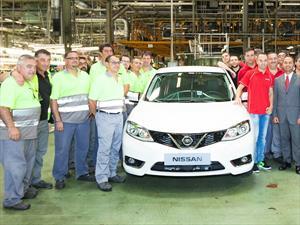 Andrés Iniesta, primer dueño del nuevo Nissan Pulsar