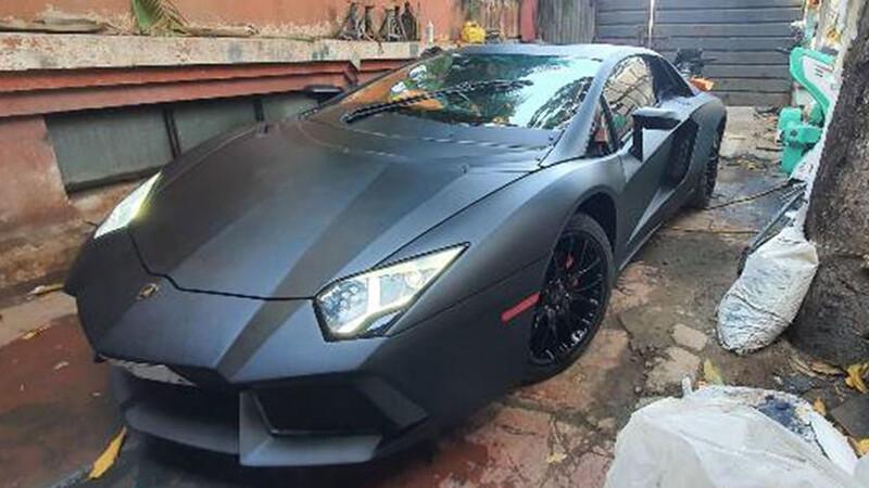 Transformó un Honda Civic en un Lamborghini Aventador: así quedó
