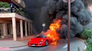 Ferrari F40 en llamas