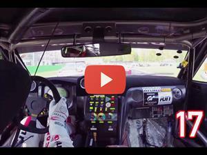 Video: Nissan GT-R rebasa 17 autos en una sola vuelta
