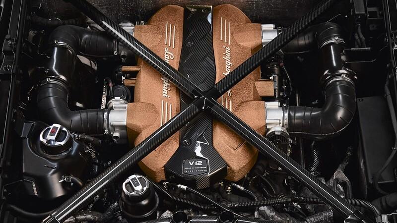 La historia de los Lamborghini con motor V12
