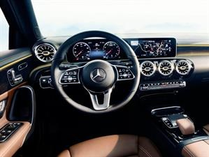 Nueva generación del Mercedes-Benz Clase A luce un interior totalmente moderno