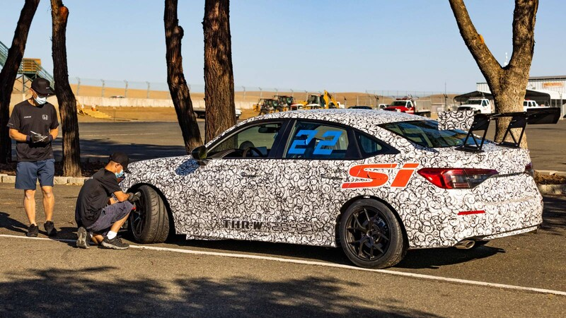Honda prepara un Civic Si para competición