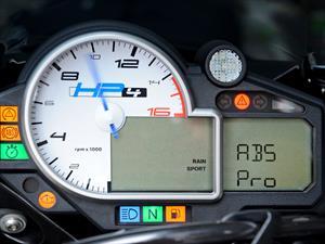 BMW Motorrad presenta ABS Pro, una evolución en el freno de las motos