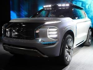 Mitsubishi Engelberg Tourer Concept es una curiosa camioneta híbrida enchufable