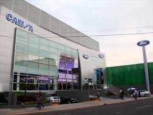 Ford renueva la imagen de sus agencias