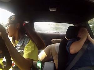 Video: Mujer driftea en su examen de conducir