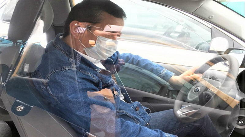 Kia ofrece pantalla de protección para taxistas