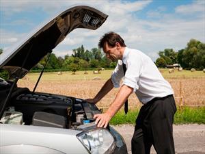 ¿Qué hacer si se te queda el auto en la ruta?